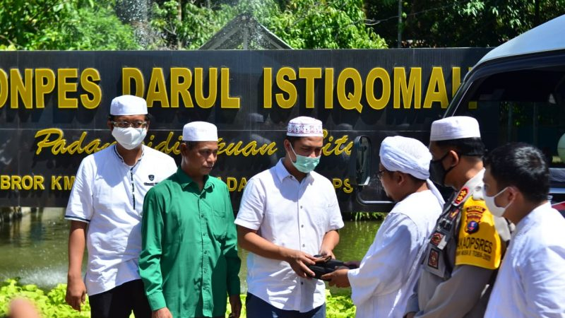 Bobby Nasution Sumbang Ponpes Darul Istiqomah 1 Unit Mini Bus