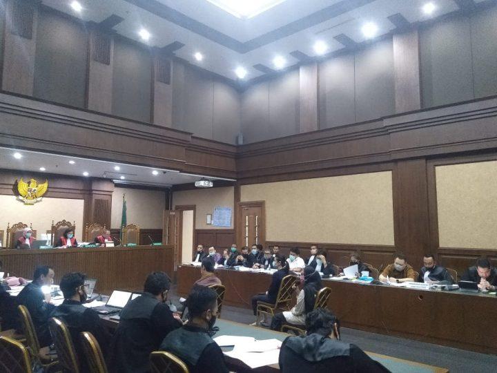 Saksi Marah Dijadikan Sekretaris Terdakwa Jiwasraya