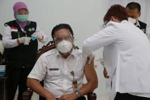 Ikut Vaksinasi Covid-19, Gubernur Banten: Bentuk Bela Negara