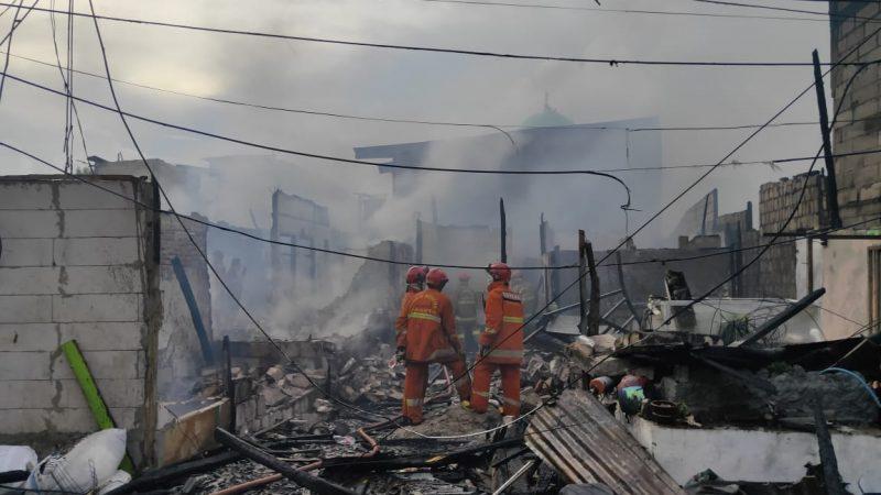 Sejumlah Rumah Terbakar di Pademangan, Korban: Hanya Tersisa Kulkas