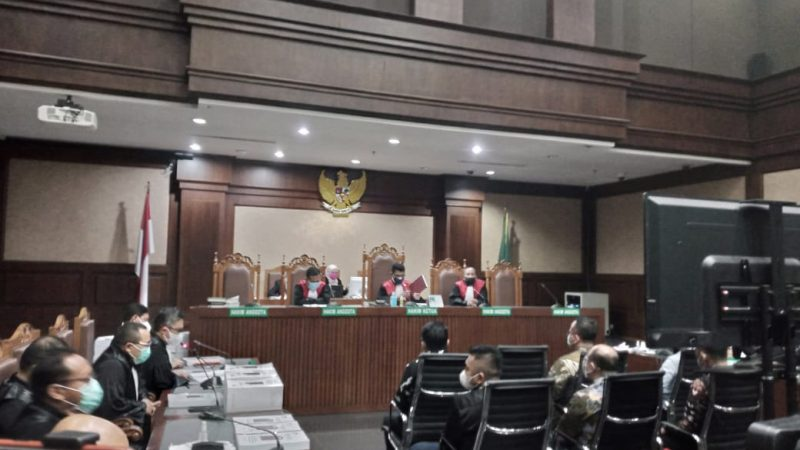 Edhy Prabowo Dituntut 5 Tahun Penjara, Denda Rp400 Juta