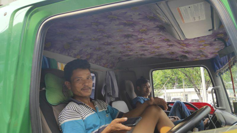 Tawarkan Stiker Anti Palak, Modus Preman di Tanjung Priok