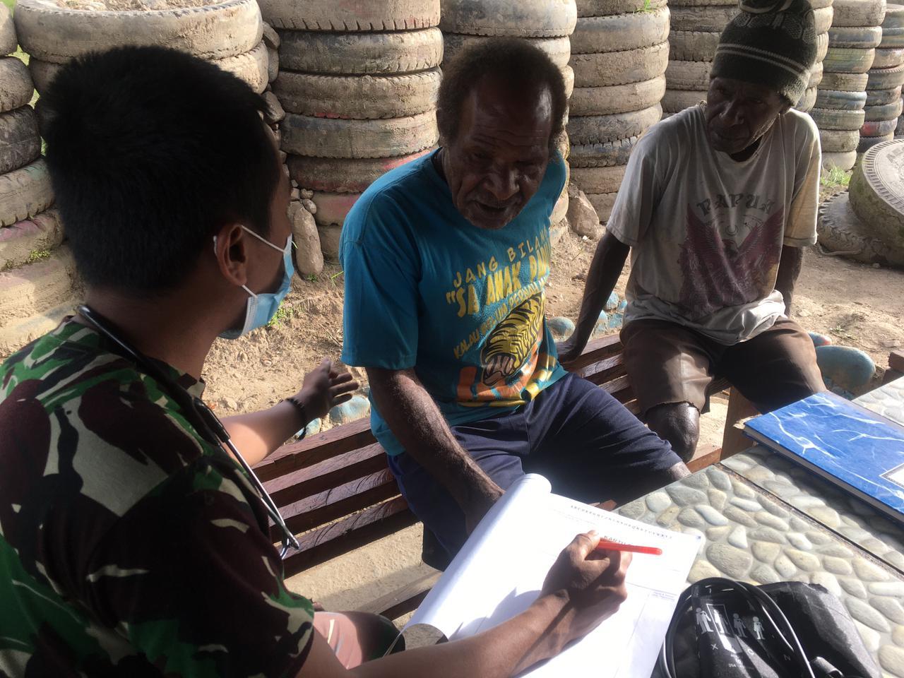 Pos Satgas Melayani Kesehatan Bagi Masyarakat Wamena