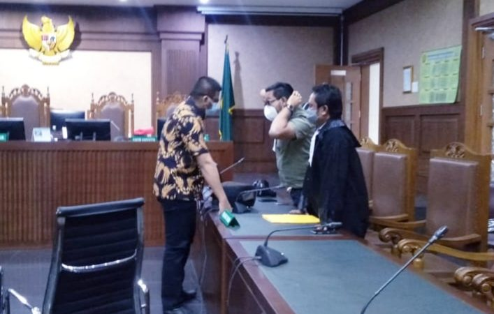 Menyembunyikan Nurhadi, Ferdy Yuman Divonis 4 Tahun Penjara