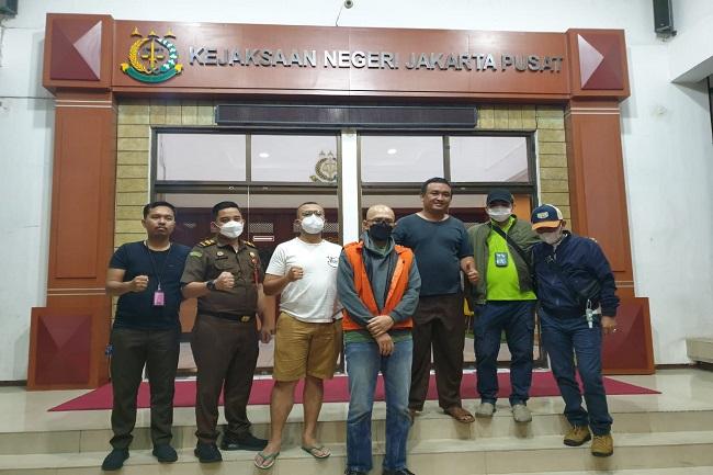 Buronan Rp120 Miliar Ditangkap di Bekasi